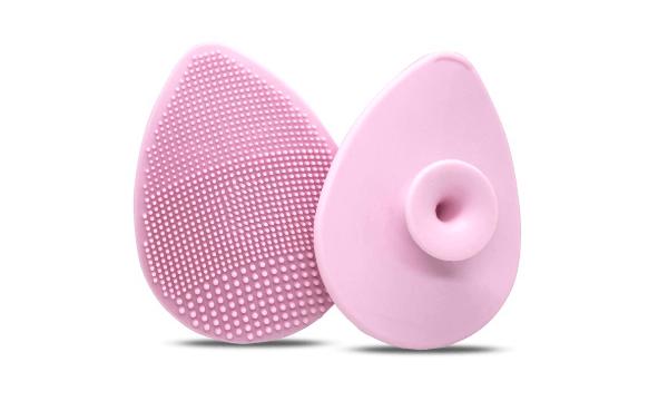 M.COSMETICS PRO Exfoliating Gente Facial Cleansing Pad